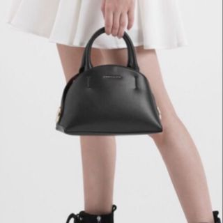BestSelling slingbag🔥Charles and Keith dome sling handbag