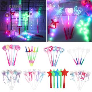SUHE 1Pc New Year Cartoon Gift Flashing In Dark Party Favors LED Flashing Light-Up