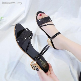 Web celebrity high-heeled sandals fairy wind 2019 new type two wear a word with the joker diamond in fashion shoes sum