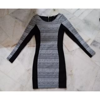 H&M long sleeve round neck casual office wear bodycon midi mini dress