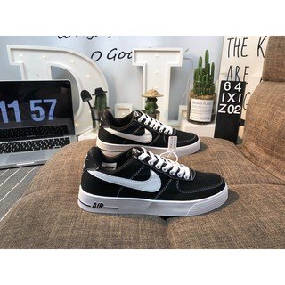 Nike couple shoes, Nike classic black and white men's shoes and women's shoes Nike Air Force 1 built-in air unit low top casual sports shoes