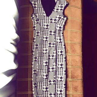 XS PRELOVED DRESS, STRETCHABLE THICK BODYCON, READY-TO-WEAR