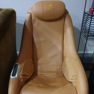 Gintell De Vano Massage Chair