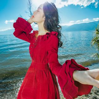 11.11 Travel With Photo Wine Red Dress With Waist Down Long Skirt