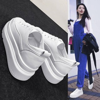 Thick-bottom breathable white shoes female autumn 2019 new increase in small size women's shoes Korean version of the wi