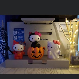 KFC Hello Kitty Halloween Limited Edition Fullset 3pcs