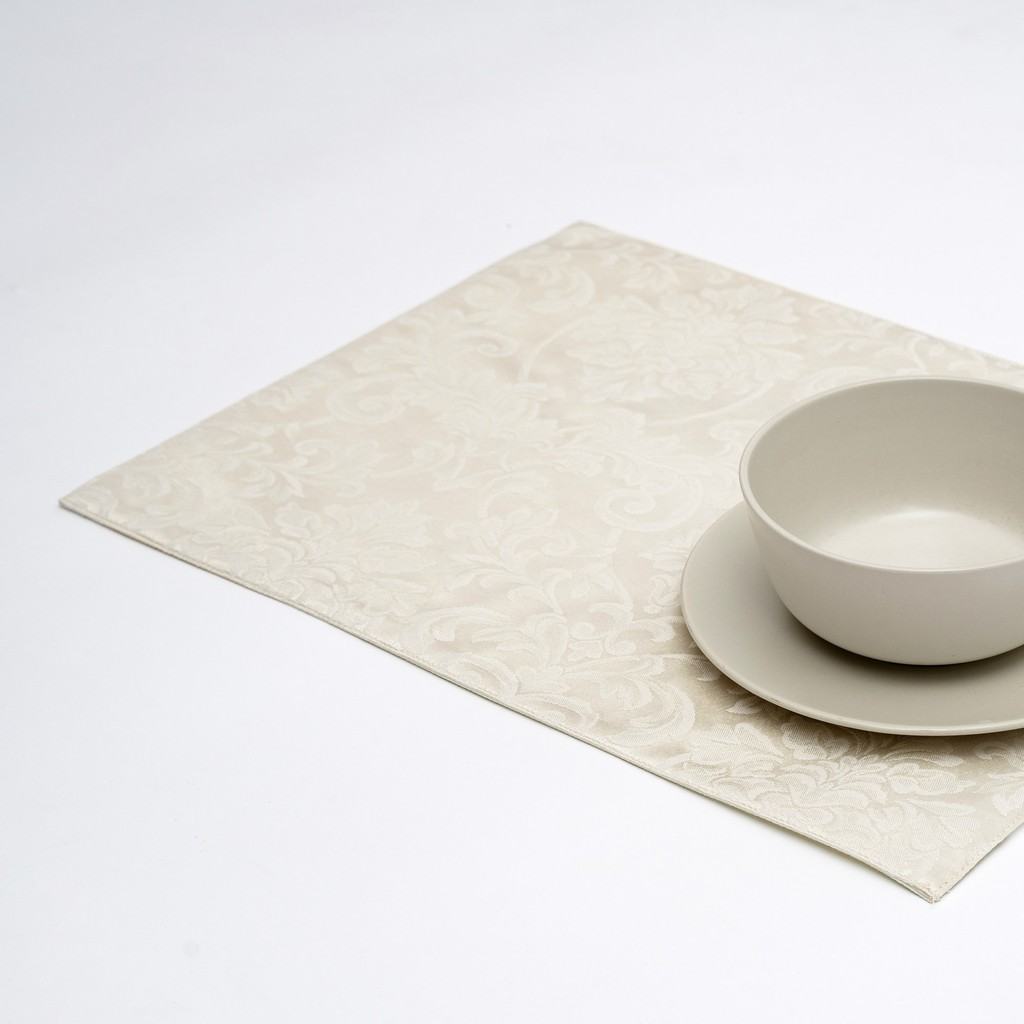 Anti Stain/Waterproof/Spill Proof Table Placemats/Table Mats With Solid Lining. 33x45cm Pack of 2,4,Or 6 (Ivory)
