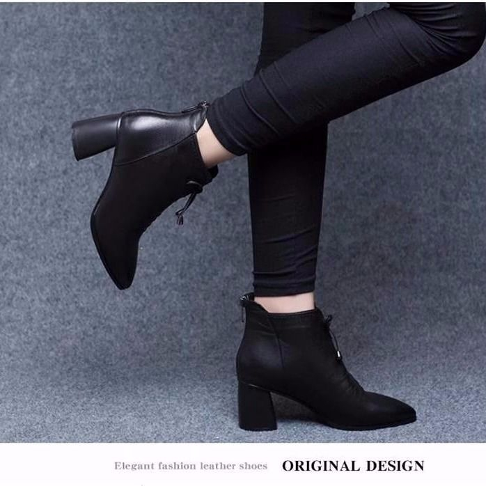 46383a4dfd3 ✈♞☁Pointy high heel boots girl 201,900 ride new rear zipper thick with  Martin b