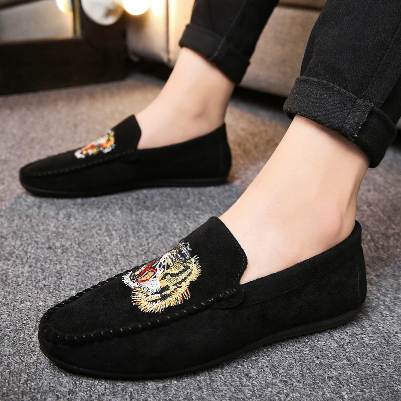Men's Driving Suede Shoes Casual Tiger Loafers Boat Shoes Kasut Lelaki