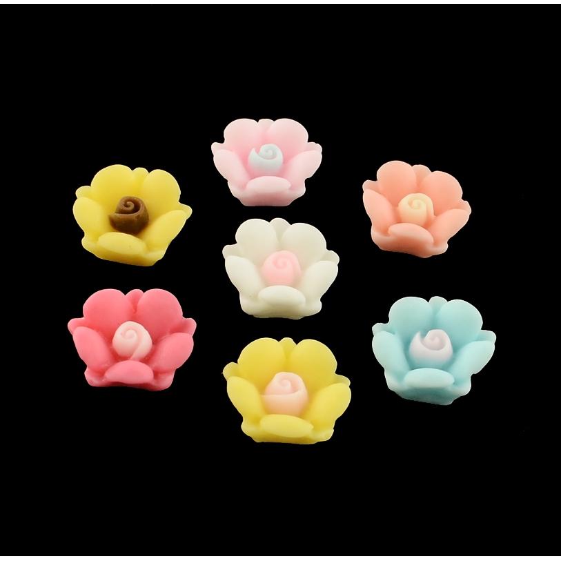 10 x Peach Daisy Plastic Flat-back Flower Cabochon Embellishment Deco Assorted