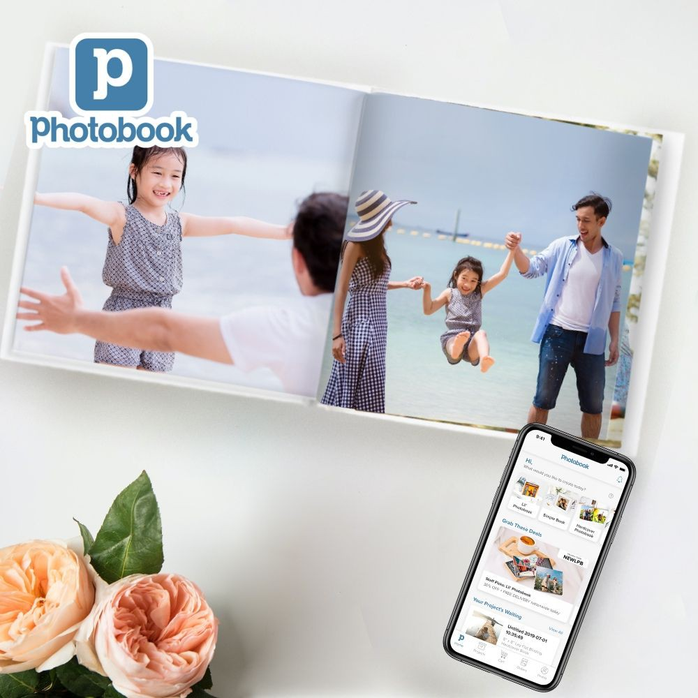 """[Photobook App Exclusive] 8"""" x 8"""" Small Square Imagewrap Lay Flat Hardcover Photobook, 20 pages"""