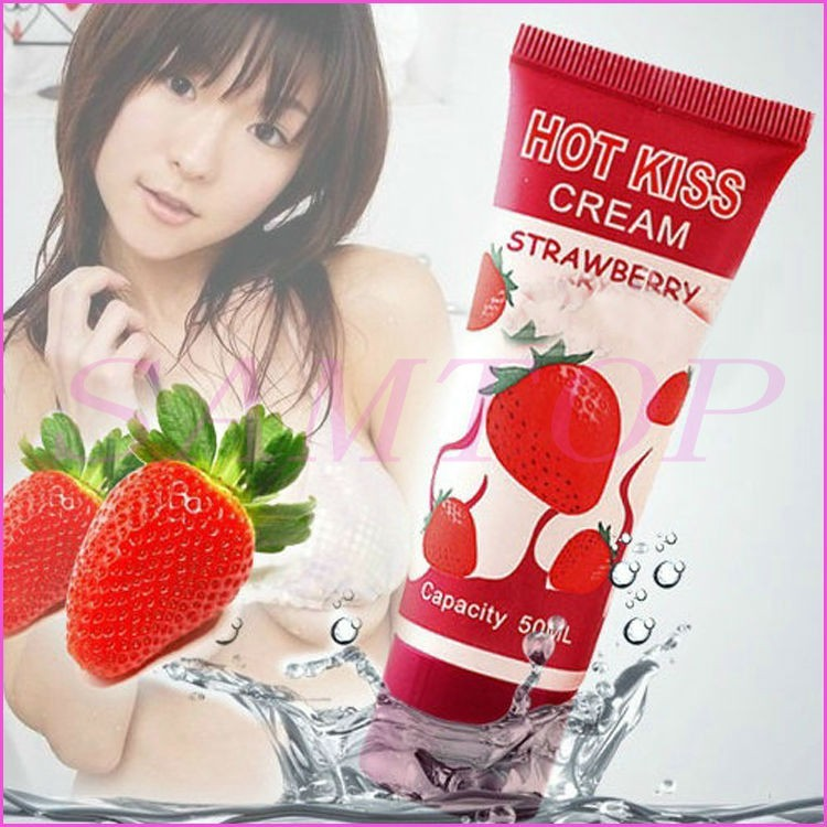 (READY STOCK) Hot Kiss Strawberry Flavor  Lubricant For Women with agent prices (LOCAL SELLER)