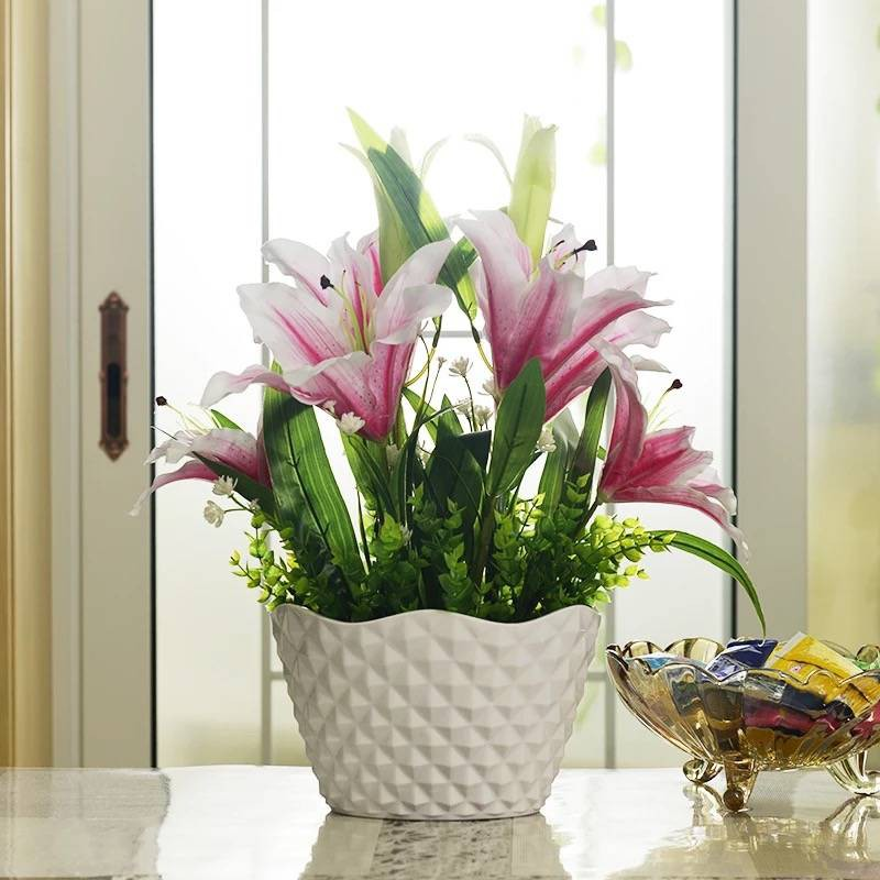 Gambar Pasu Bunga Hiasan Dalam Rumah