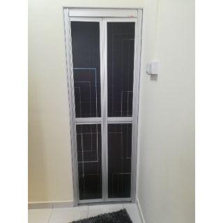 VITALLY BI-FOLD MINI LITE DOOR ROLLER REPLACEMENT | Shopee