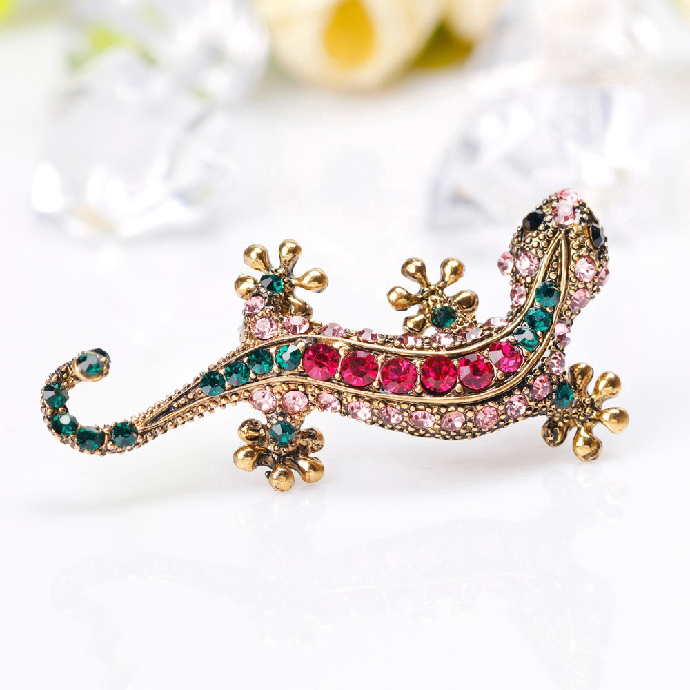 9a8dedc5c3 Brooches Personalized Alloy Lizard Gecko Diamond Corsage Vintage Pin Female