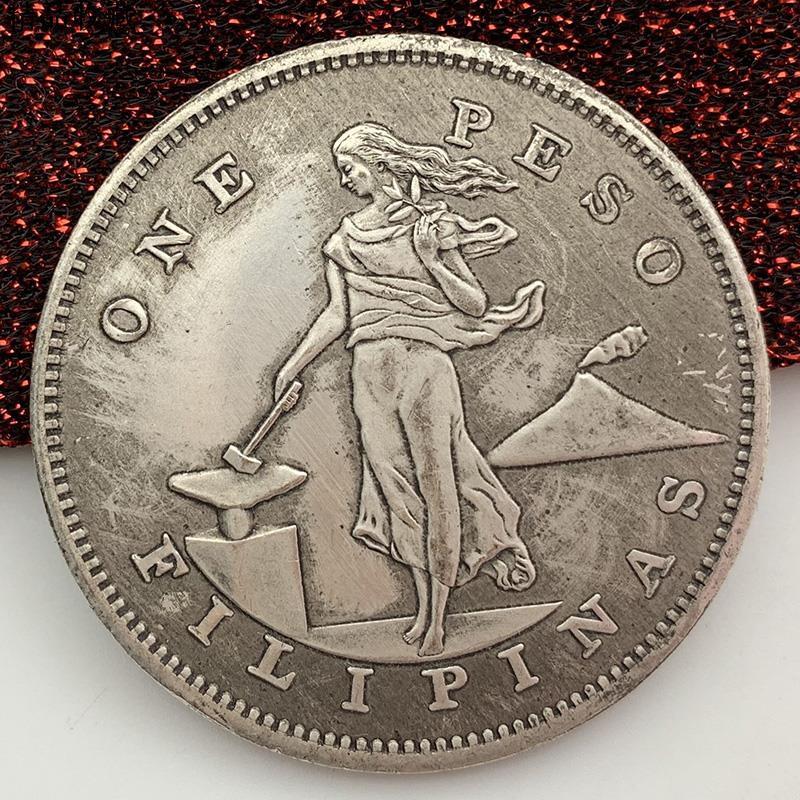 A Set of 4pcs Snoopy Peanuts Movie Comics Cartoon Silver Coins Collectibles
