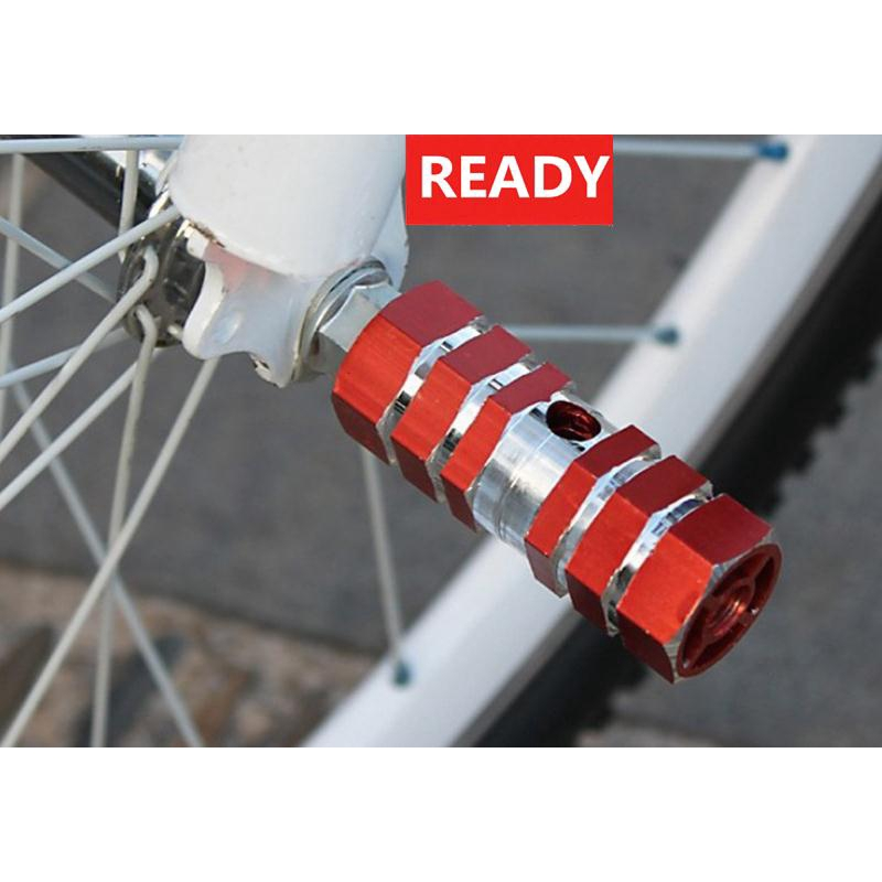 Rear Bicycle Foot Peg Stunt Carved Wheel Hollow Frame 1 Pair High Quality