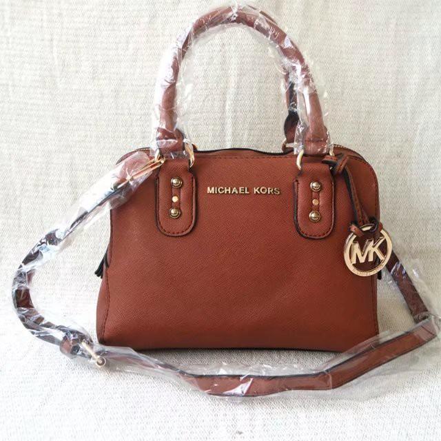 3cd7a2db7b1e MK MICHAEL KORS Tote bag Crescent bag multi-layered shoulder bag M732