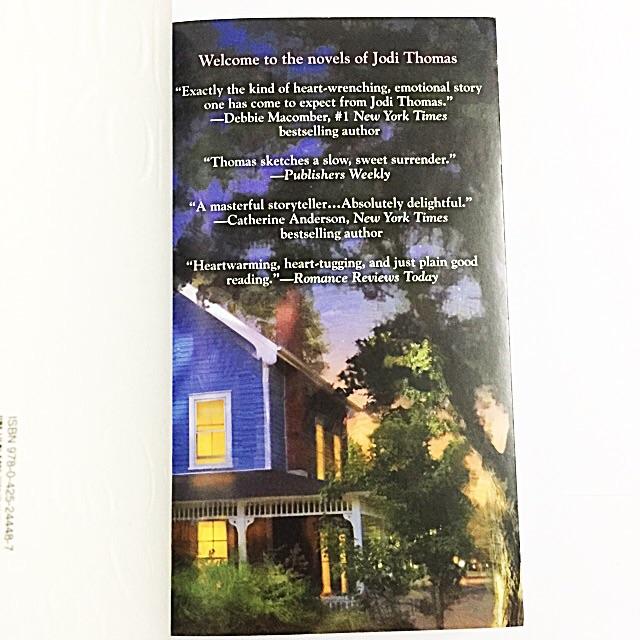 The Comforts of Home- A Harmony Novel by Jodi Thomas (romance love