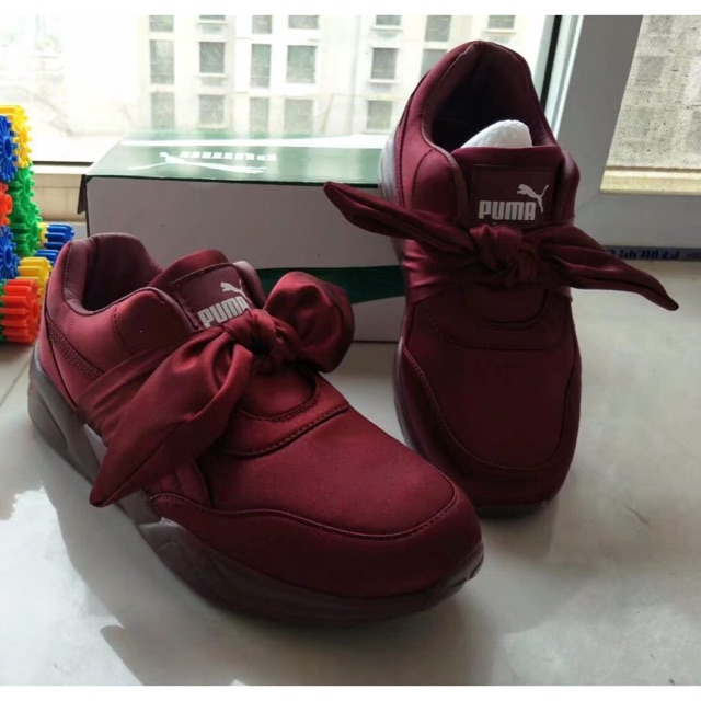 new product 97963 d29ba BOW by RIHANNA (maroon) PUMA FENTY