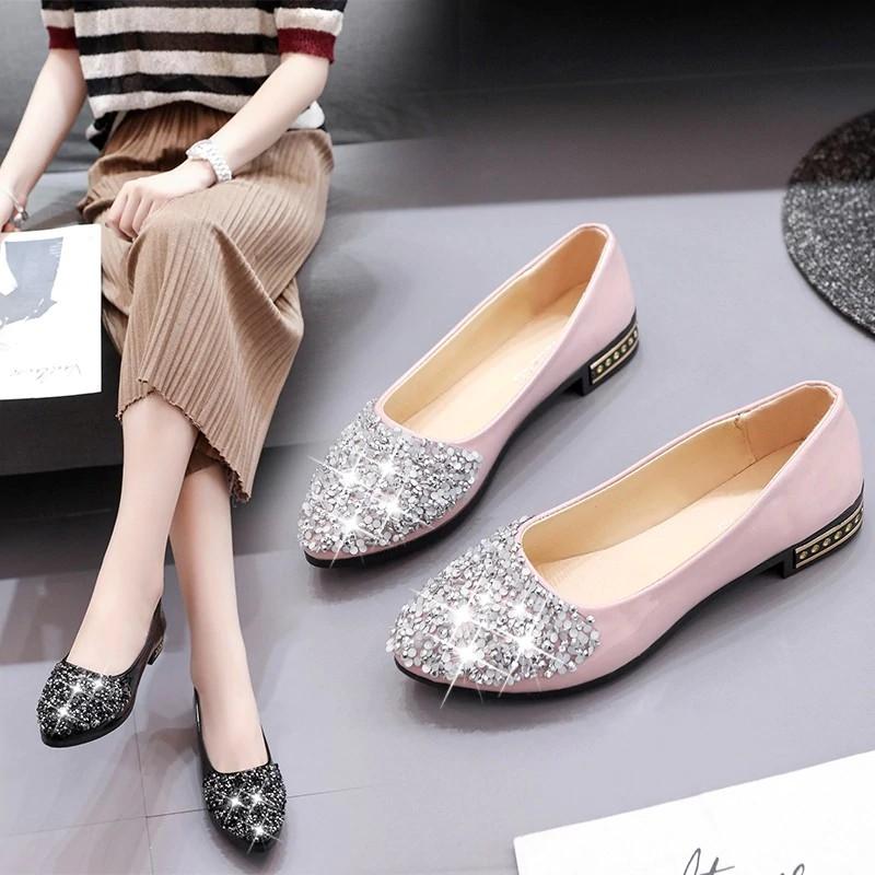 Silver Glitter Round Toe Slip On Boat Shoes Rhinestones Womens Flats Size 8.5