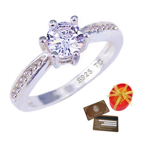 Tips Gallery แหวน เงินแท้ 925 หุ้มทองคำขาว เพชรรัสเซีย 1 กะรัต รุ่น  Diamond Solitaire Eternity Design TRS112