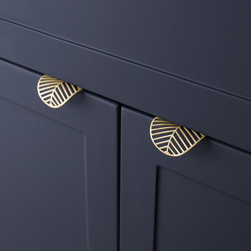 Leaf Shape Brass Door Knob European, Antique Gold Kitchen Cabinet Handles