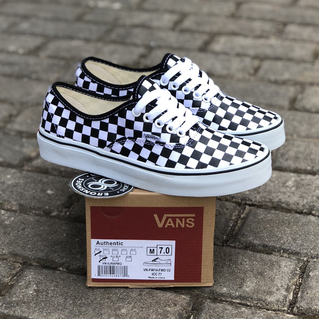 vans authentic black kw