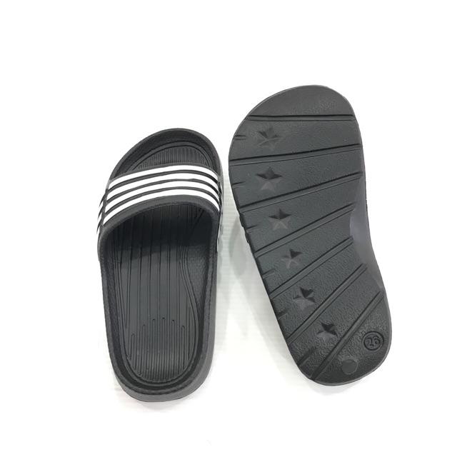 รองเท้าแต