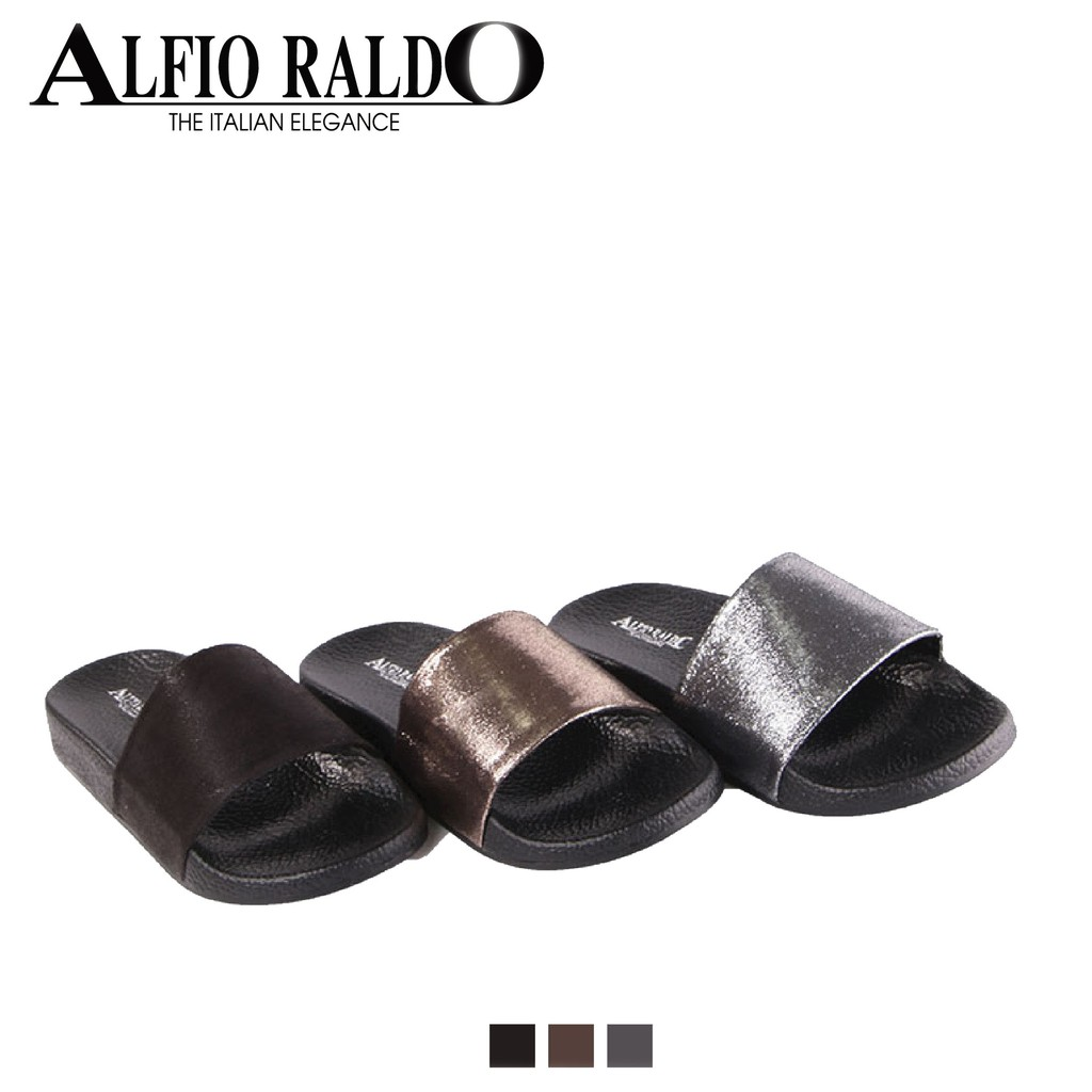 Soft Padding Sandals with Shiny Top Fabiric Finish