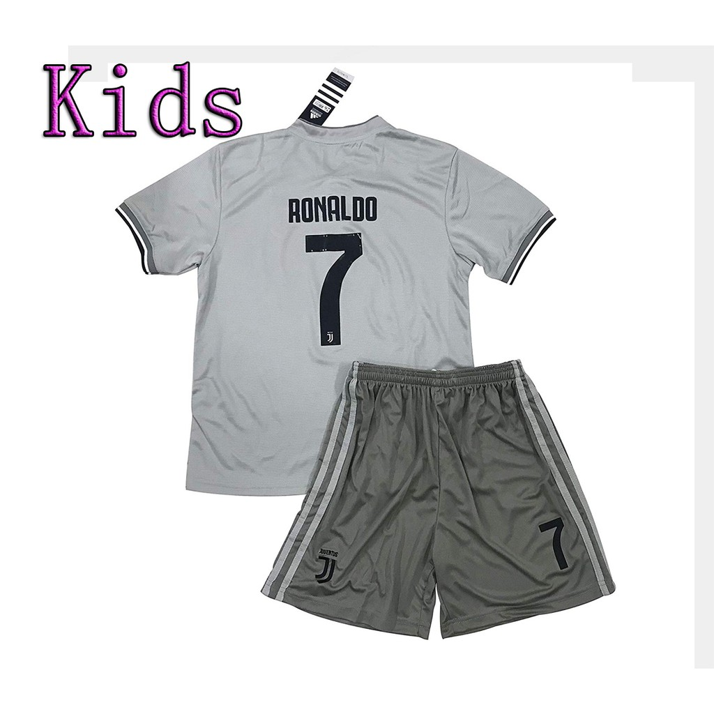 big sale 46046 23f9e Kids 7 Ronaldo Juventus Away Jersey Shorts for Kids