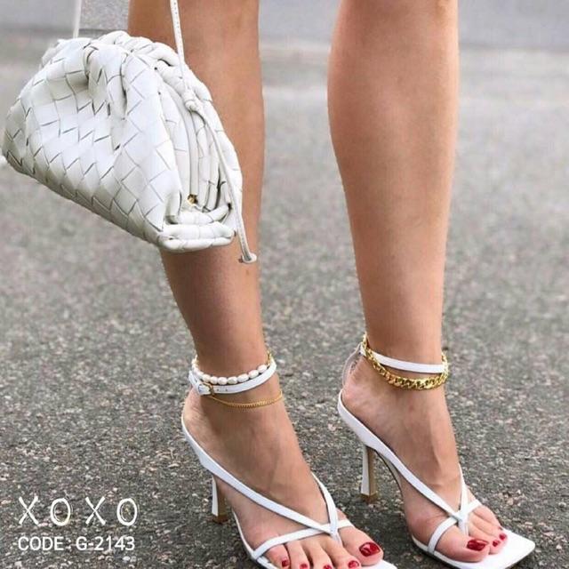 ♥โค๊ด NEWRAHK ลดเพิ่ม 80฿♥ รองเท้าส