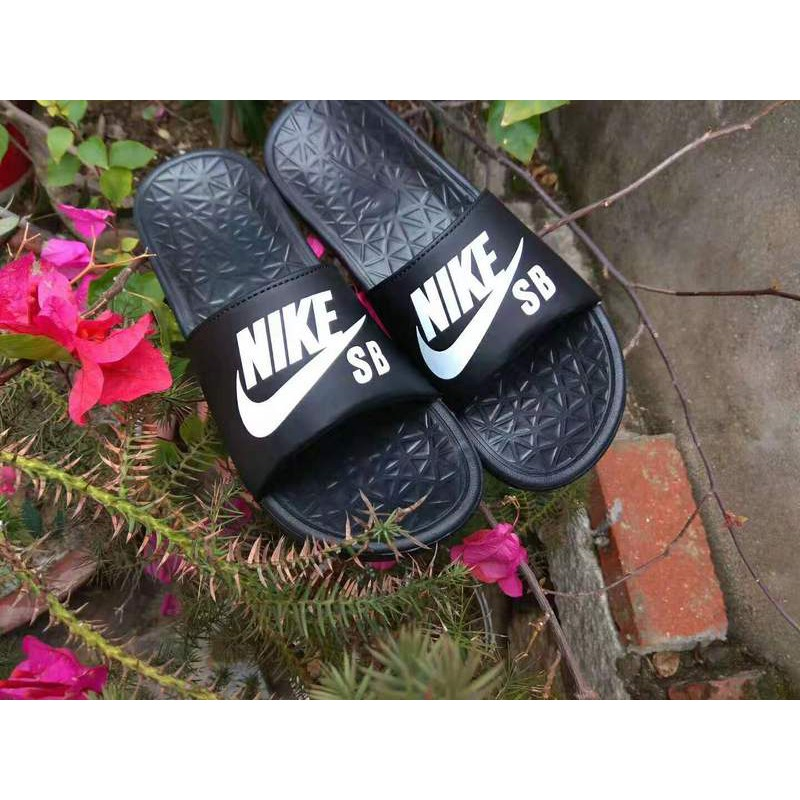 cheaper 6e1fd 66130 【store.vip.my】 2019 Nike SB Benassi big letter LOGO slippers black and  white Size: 36-45 high quality