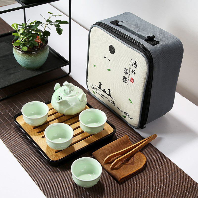 Chinese Portable Travel Tea Set Kungfu Tea Set for 4 PAX Teapot Teacup with Square Bamboo Plate with Bag