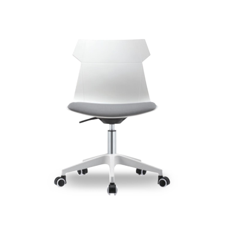 Office Chair  B615 with cushion