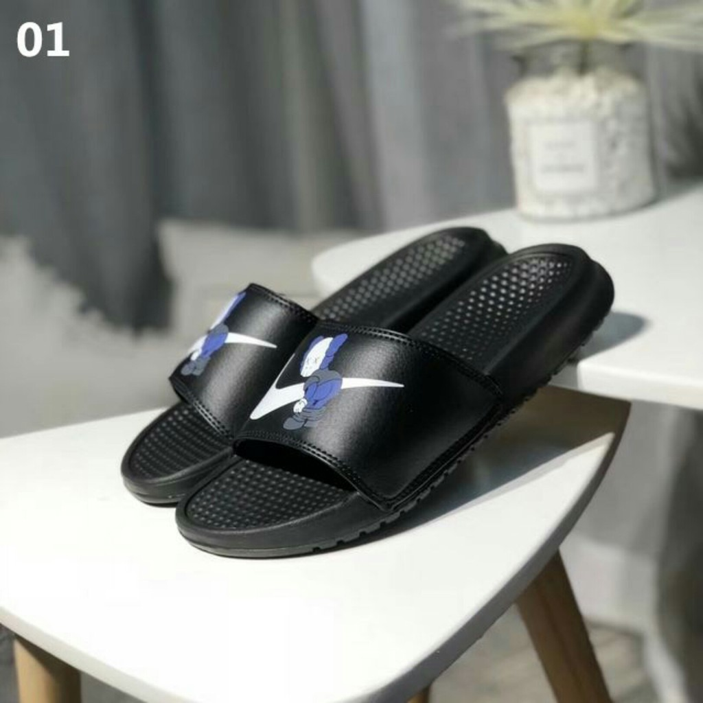 newest collection 92fd6 1d298 Nike Banassi Swoosh slippers Unisex sandals