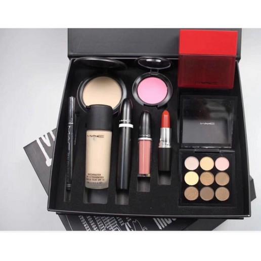 Original M A C Makeup Set For Women 9