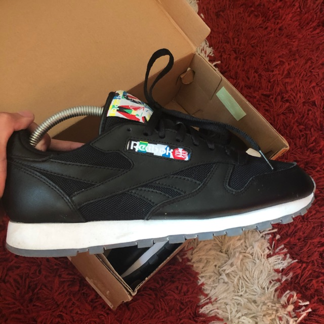 Sip Elucidación Itaca  Reebok classic leather Used item Colour black Size 8uk/9us/euro42  Negotiable Price include postage condition 9/10 | Shopee Malaysia