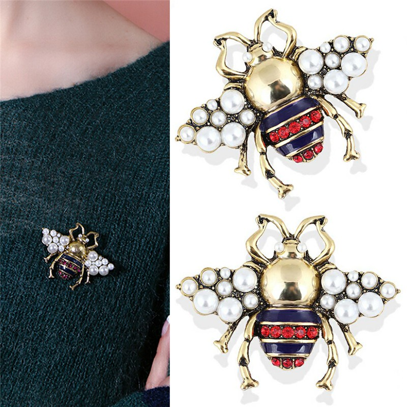 bf9d2af7e520f Vintage Bee Brooch Pin Rhinestone Crystal Coat Collar Animal Brooch Jewelry  Gift