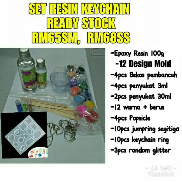 Set resin keychain