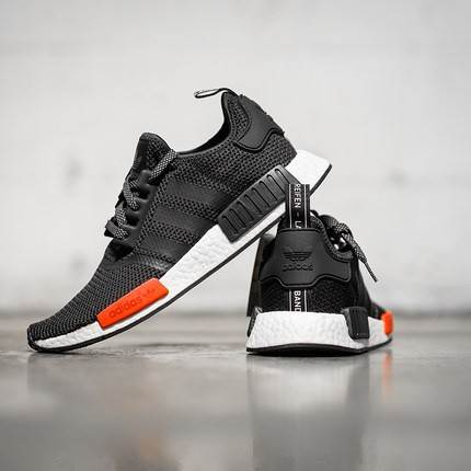 Nmd R1 Mens Black And Red