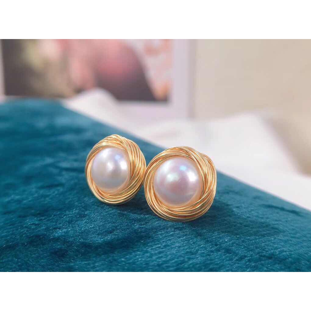Wholesale Natural Genuine Akoya Freshwater Pearl 14K Gold Plated Stud Earrings