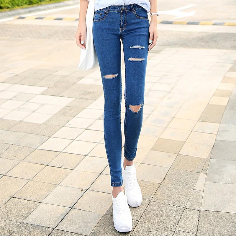 9081926ae Levi s Women s Revel Shaping Skinny Jeans 36266-0009