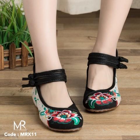 meritshoes X11 ดำ รองเท้าปักสไต
