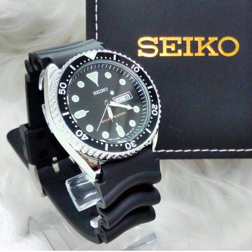 Seiko 5 Black Dial Black Canvas Automatic Men S Watch Snk809