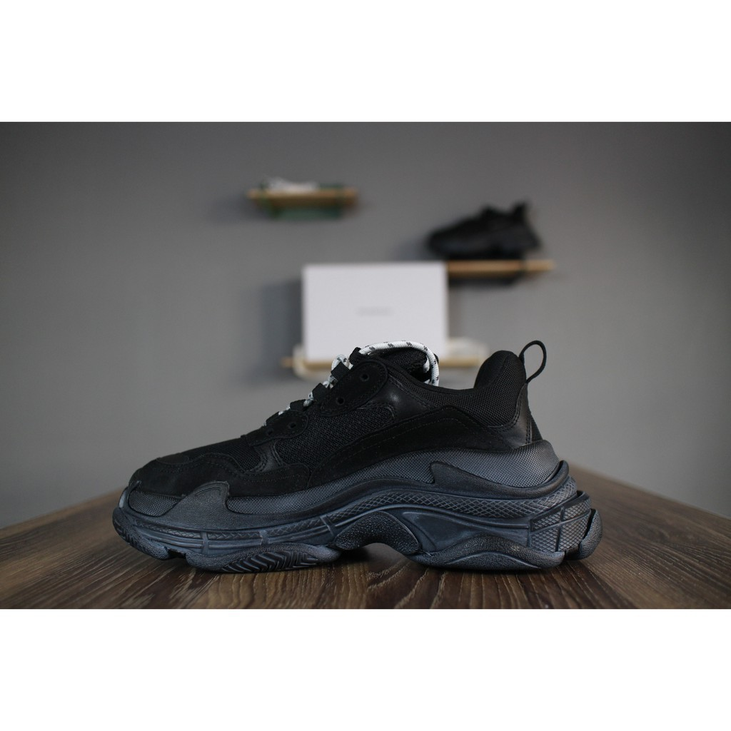 finest selection ebd55 b3869 Mens Nike Air Max 95 Dynamic Flywire Shoes 599300-033   Shopee Malaysia