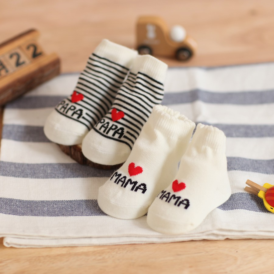 Cute Infant Toddler Baby Girl Boy Soft Warm Cotton Love Mama//Papa Letters Socks