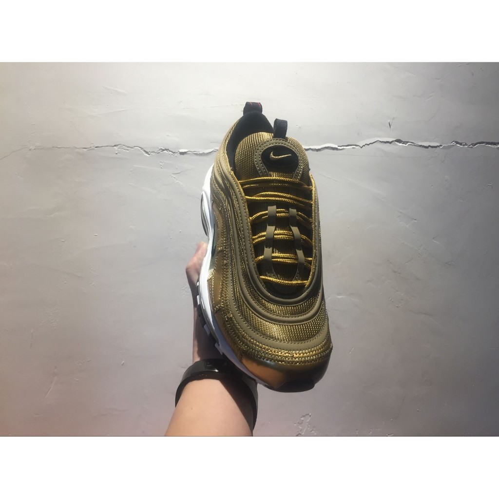 competitive price f66c9 91b00 NIKE Air Max 97 CR7 Cristiano Ronaldo gold mens low top sneaker mens sport  shoes