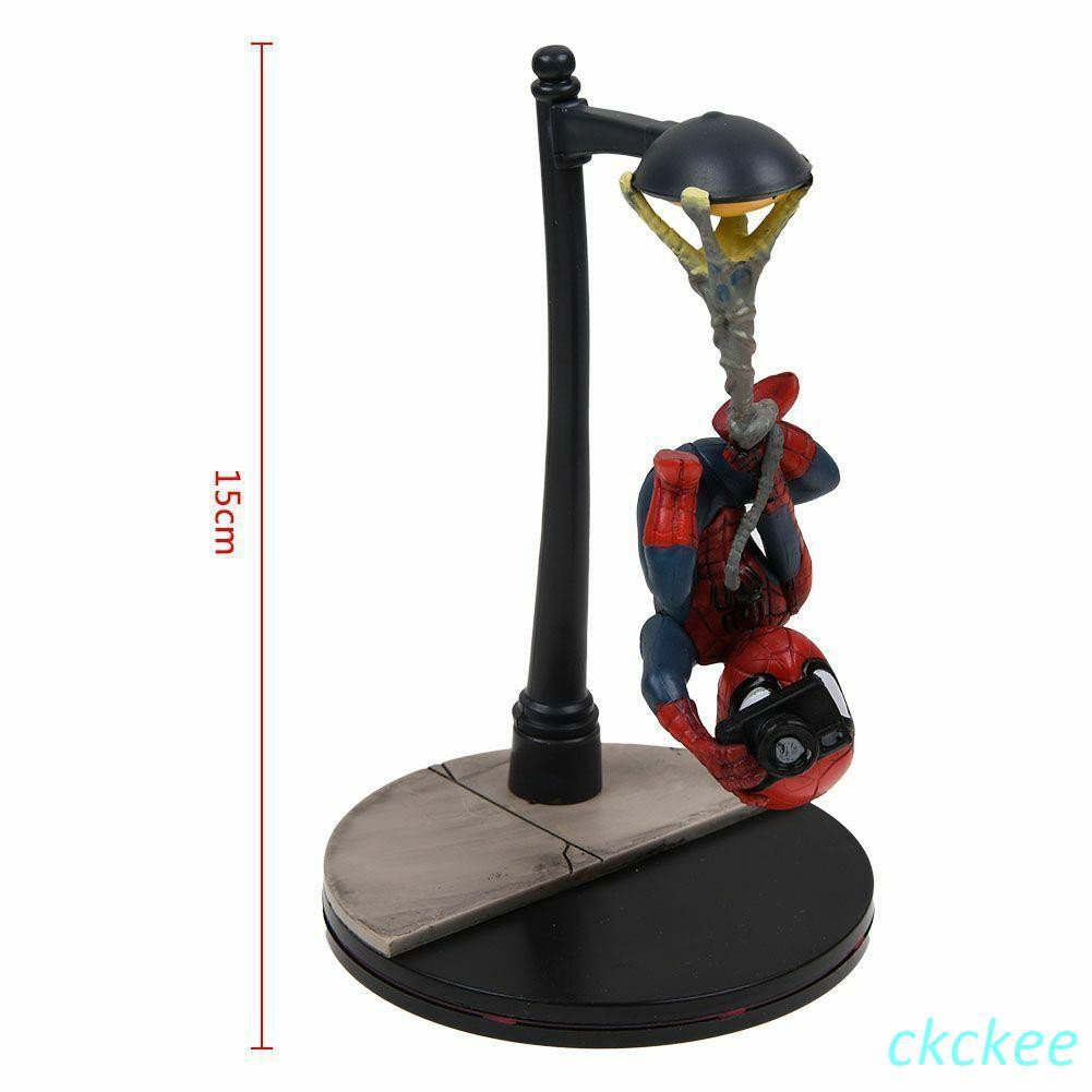 Marvel Spider-Man Hanging With Camera Q-Fig PVC Figure New In Box