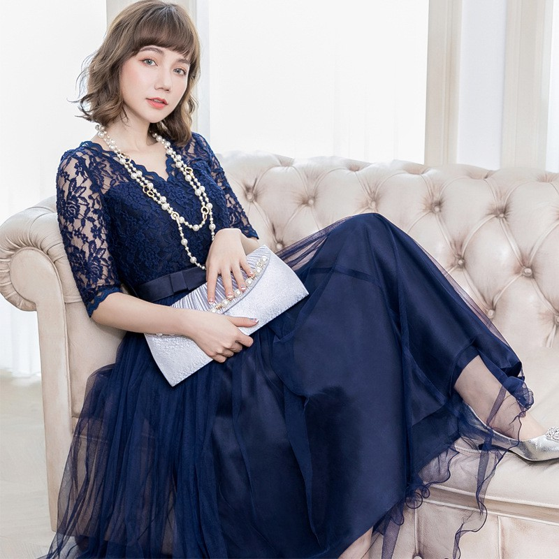 a1375d83af Spring Xia xin Lace stitching middle sleeve v collar dress mesh yarn long  evenin